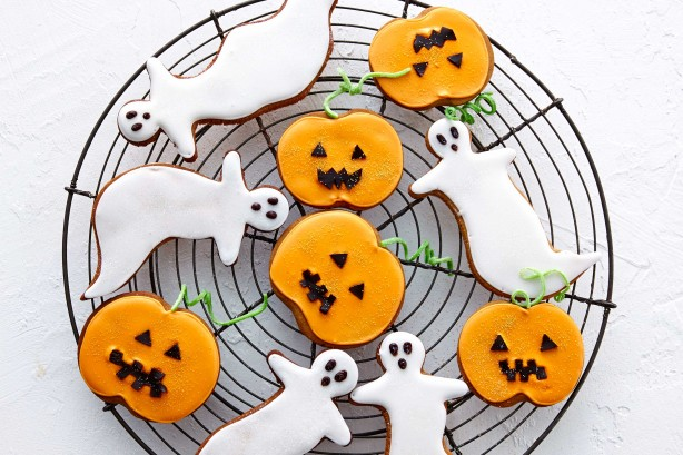 halloween-gingerbread-cookies-30431_l