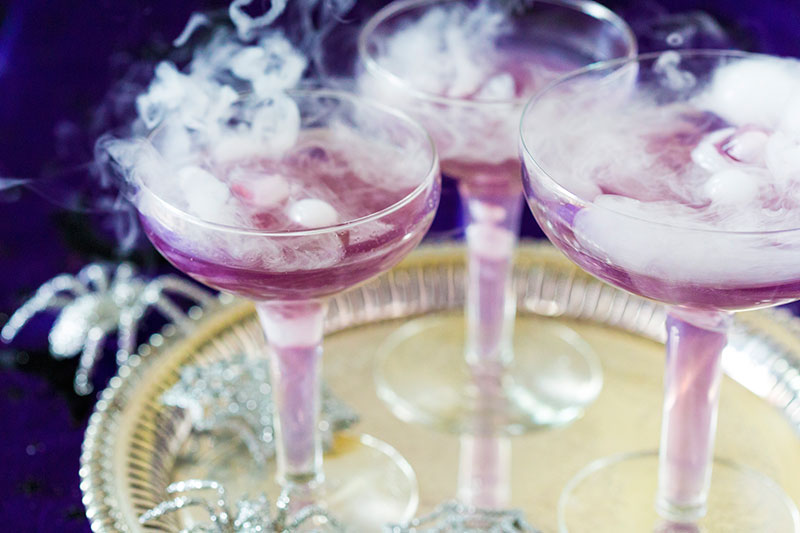 purple-halloween-cocktail-dry-ice-06